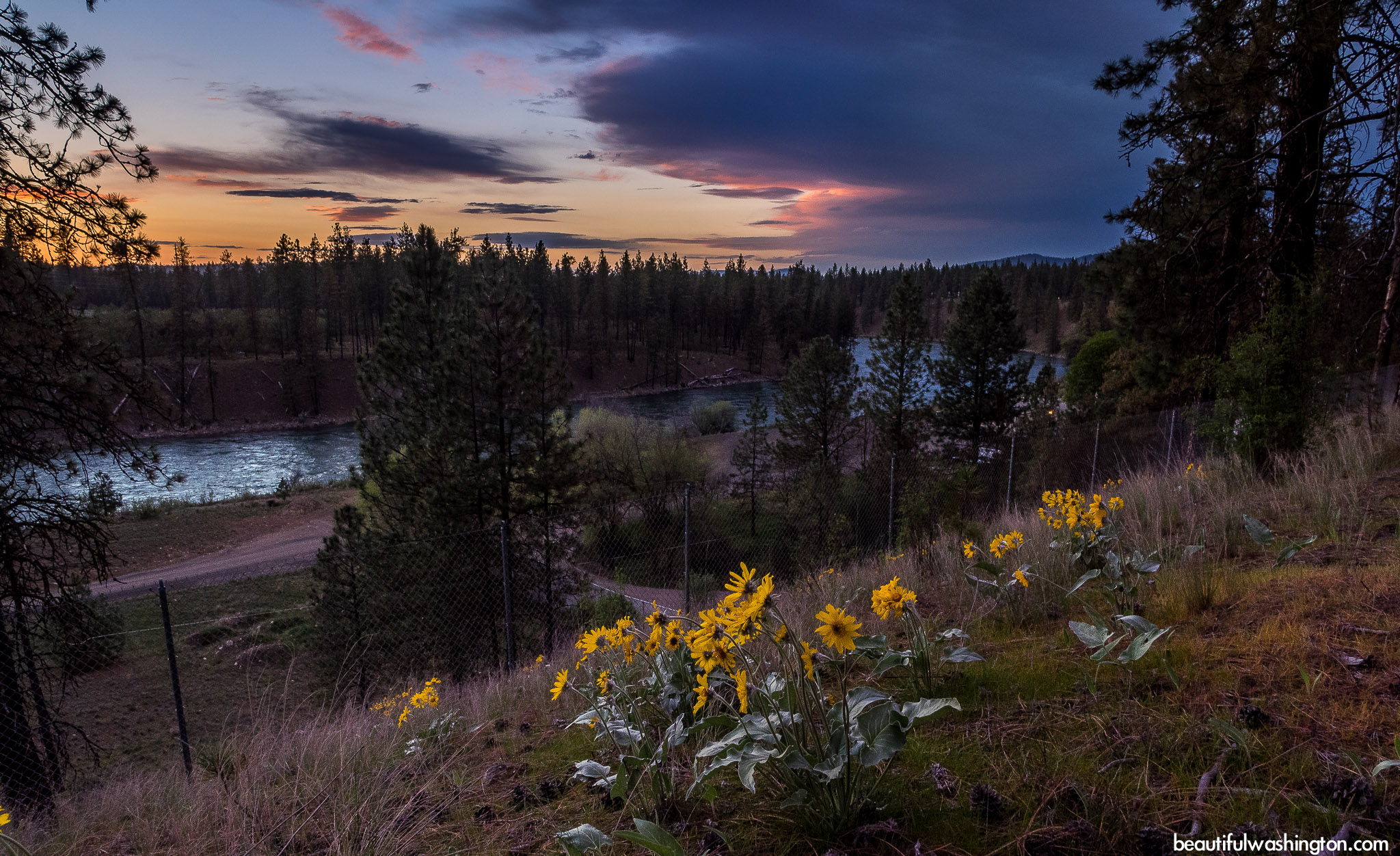 Photo from Eastern Washington, Spokane, Riverside State Park, Bowl and Pitcher