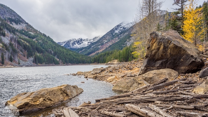 Photo of the Eightmile Lake Trail, Central Cascades, taken in autumn