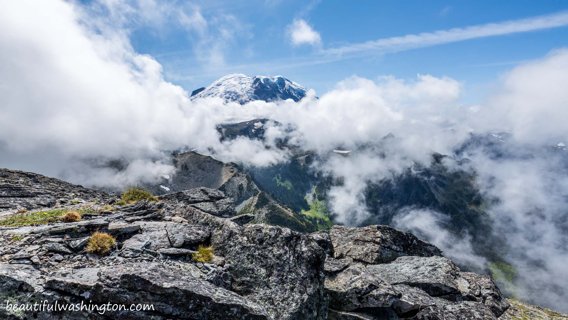 Photo from Mount Rainier, Sunrise Area, Fremont Lookout Trail