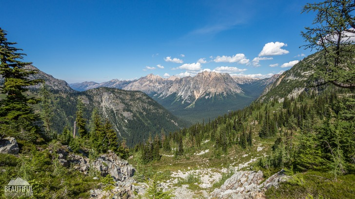 Photo from Maple Pass Loop Trail, North Cascades Region