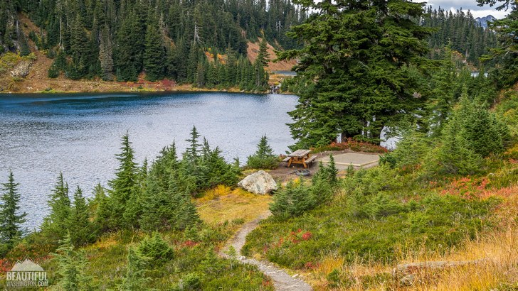 Photo from Twin Lakes Road / Campground, taken in autumn, North Cascades Region, Mt. Baker Area