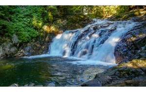 4K Nature Relaxation Video: Denny Creek Falls